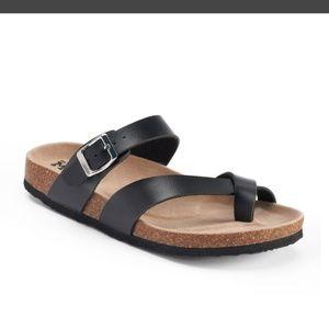 Mudd slip-on sandals